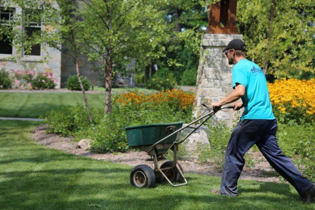 Lawn fertilization in Appleton