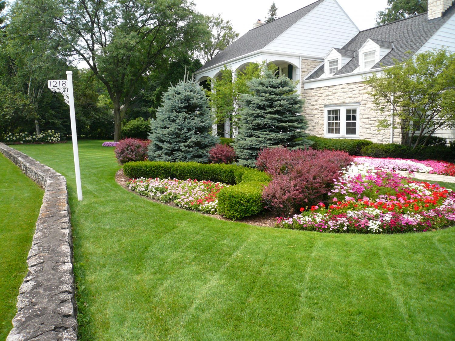 Season Color added to a Landscape Planting in De Pere