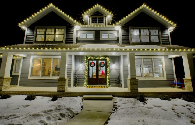 Holiday Lighting in De Pere