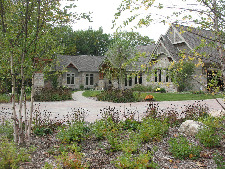 Front Yard Landscaping in Appleton