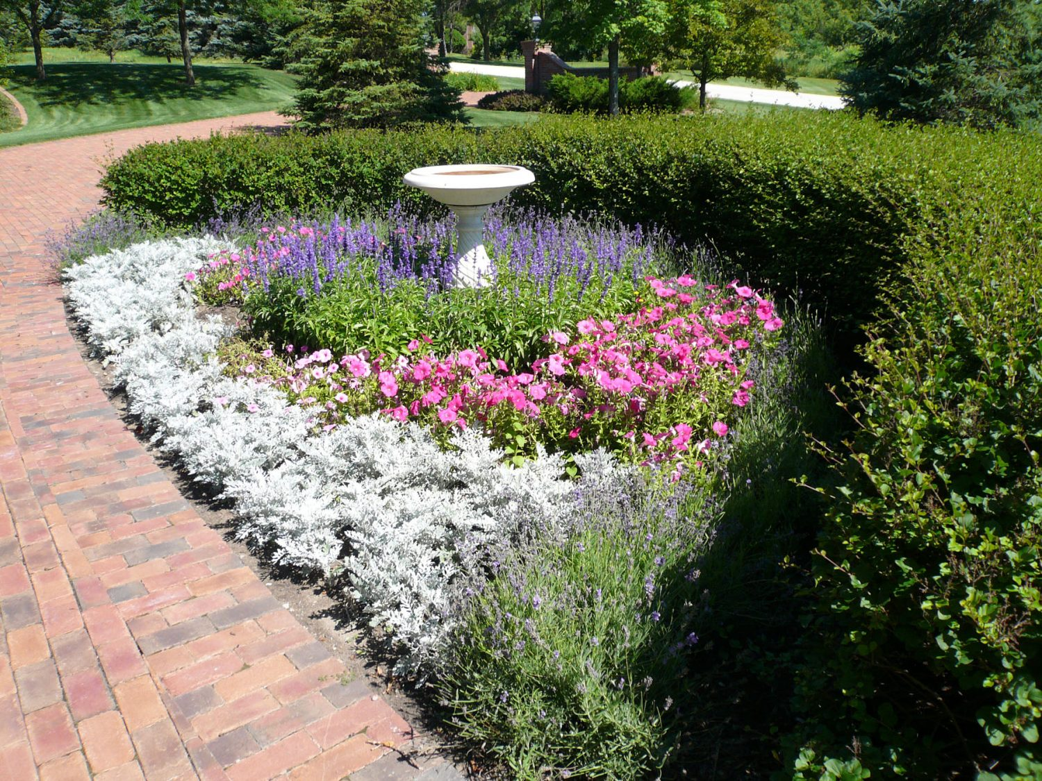 Seasonal Color added to a Landscape Planting in Green Bay