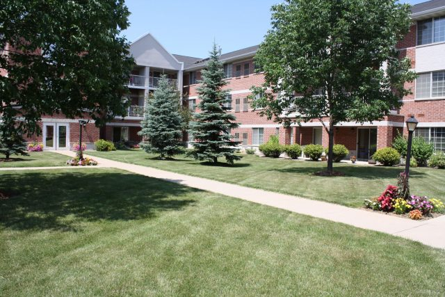 Commercial Lawn Care in Green Bay