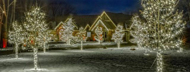 Holiday Lighting in Appleton